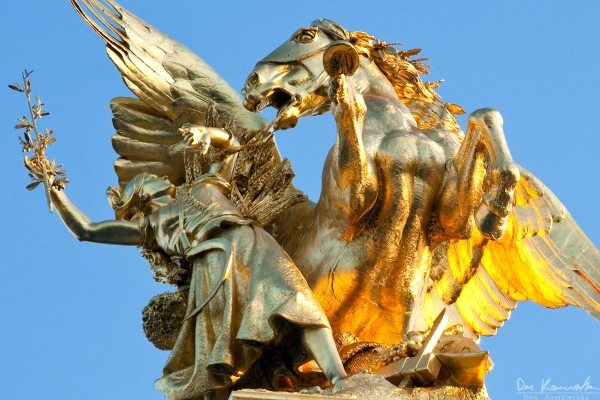 Pont Alexandre III Sculpture close-up